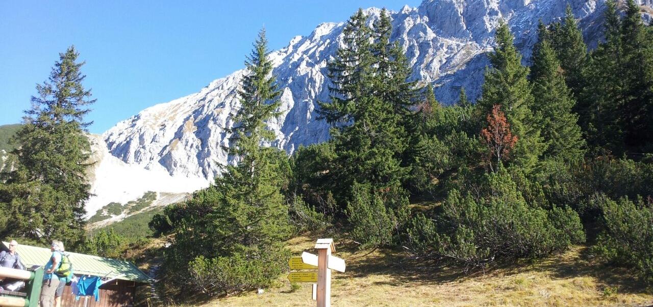 SuW: Herbstwanderung zur Hochlandhütte