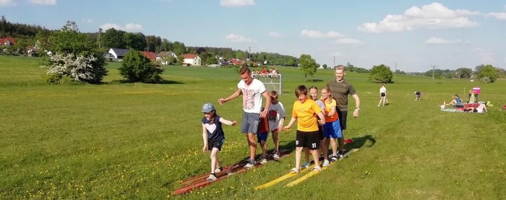 SuW: Spielenachmittag mit Picknick für Kinder